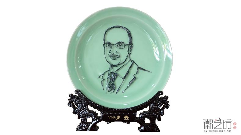 徽艺坊, 打造您的专属品味 ——华为人物肖像铁画定制案例